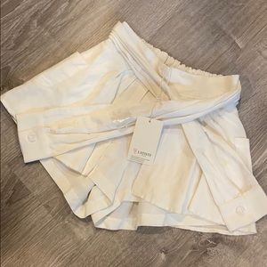 L'ATISTE By Amy White Skort with Sleeve Tie NWT